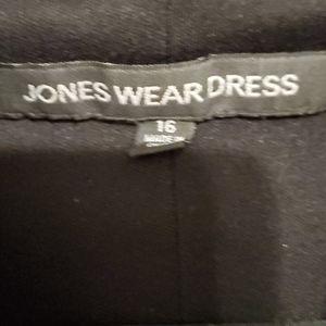 Jones Wear Dresses - Black Dress